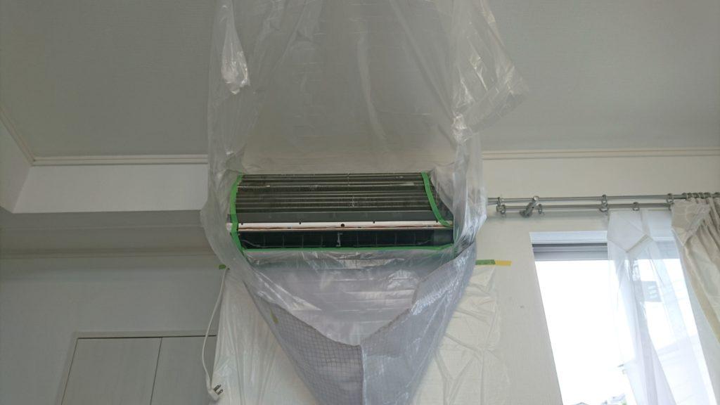 パナソニック製お掃除機能付きエアコン養生洗浄