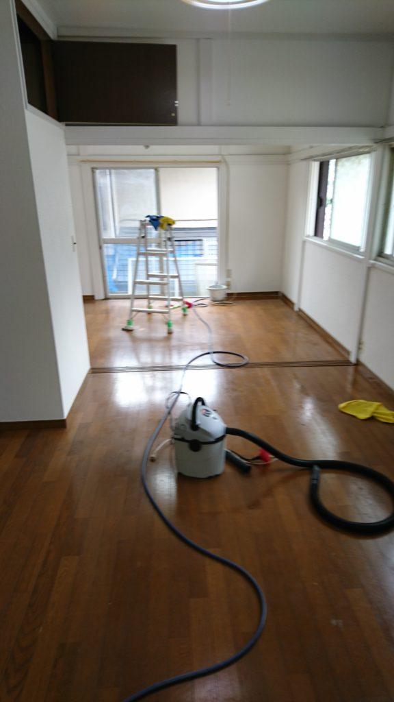 炭酸水とハウスクリーニング、空室クリーニング