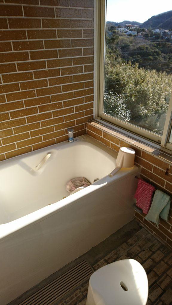 海岸が見える浴室クリーニング